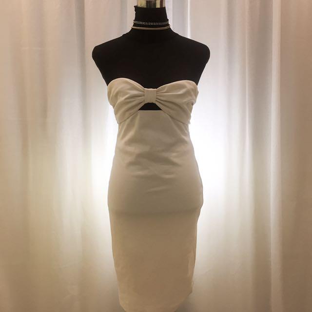FOREVER 21 WHITE SWEETHEART DRESS