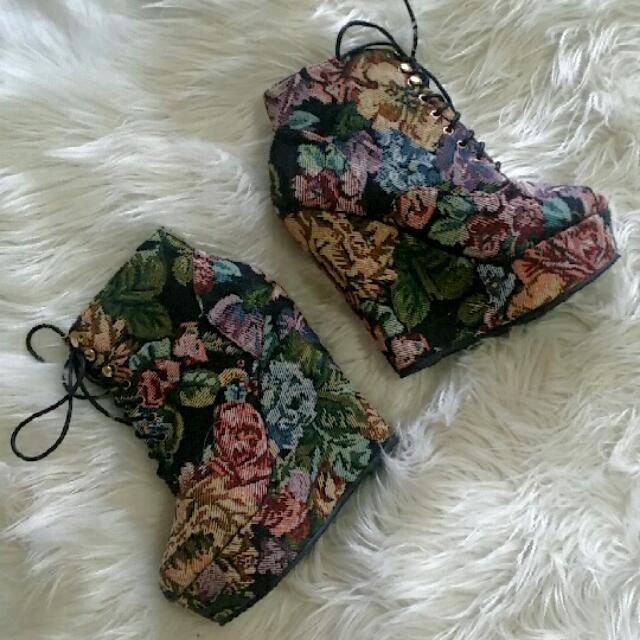 Heels - Size 8