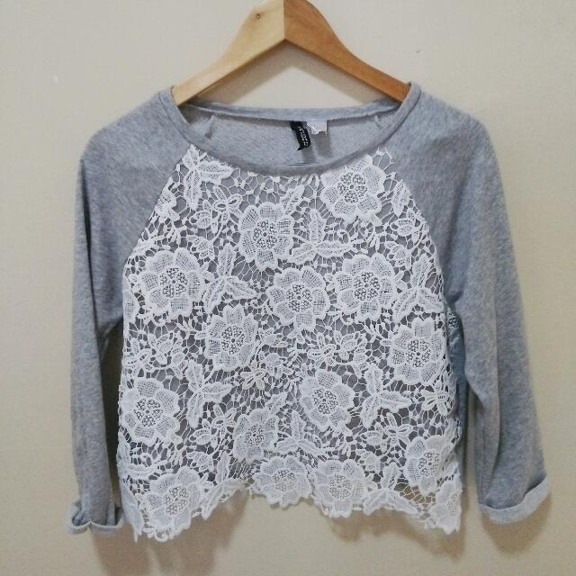 H&M Divided Laced Pullover