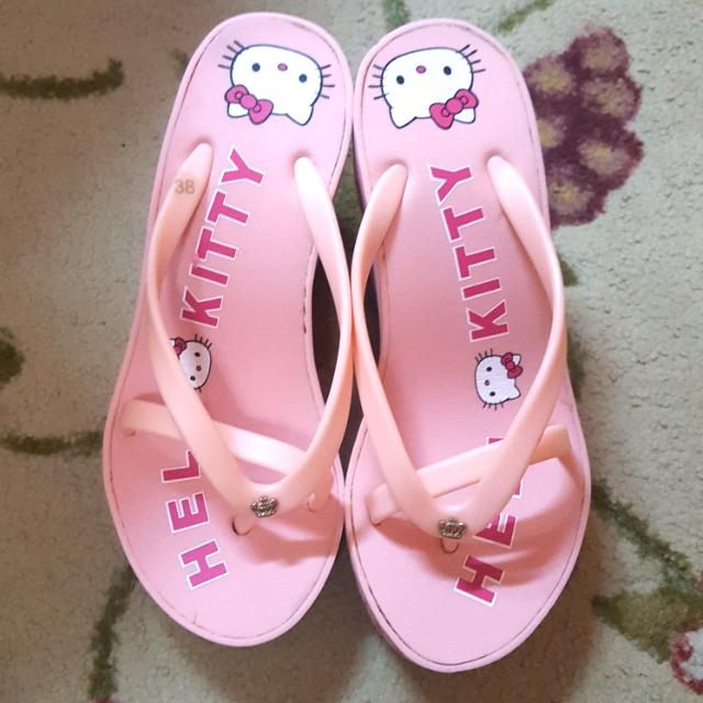4b5a1b6c2 Inspired Juicy Couture Wedge Sandal-Hello Kitty Theme #MidSep50, Women's  Fashion, Shoes on Carousell