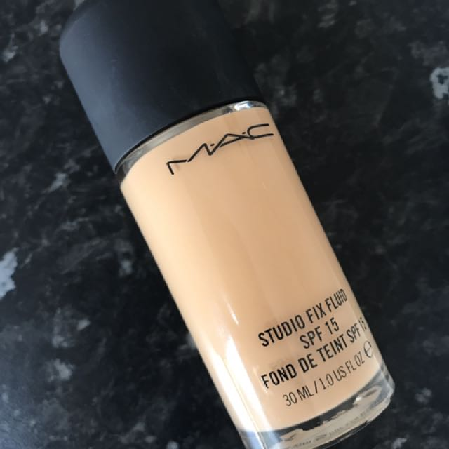 MAC STUDIO FIX FLUID NC30