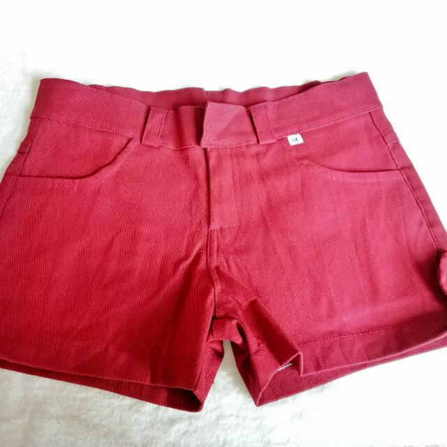 MAROON STRETCHABLE SEXY SHORTS