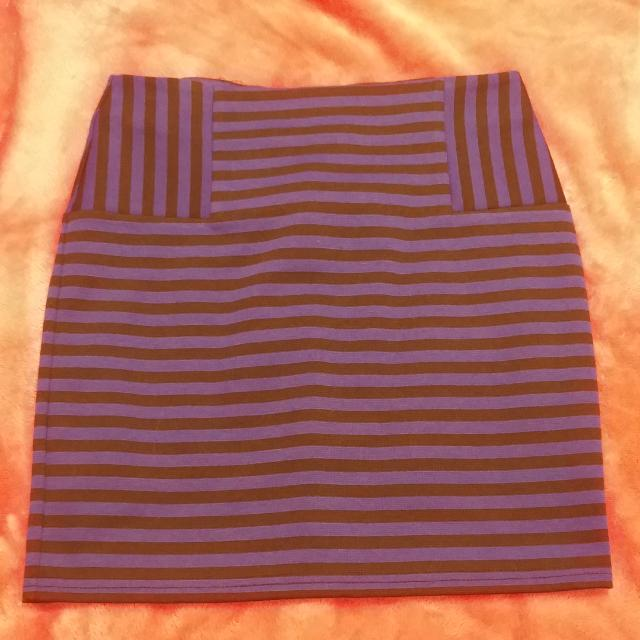Mini Pencil Skirt (Small) For Only $10
