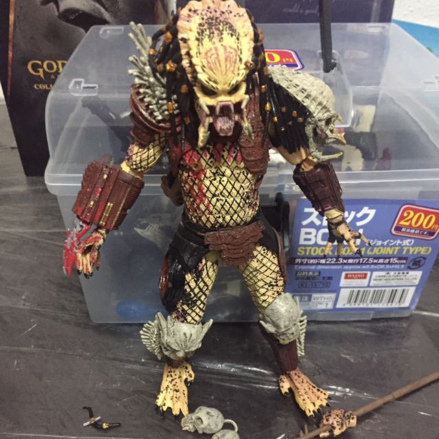 NECA Bad Blood Predator, Toys & Games, Bricks & Figurines on