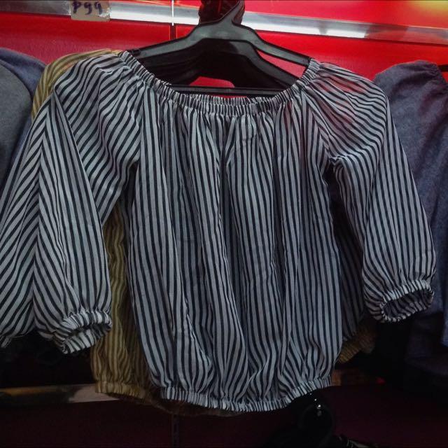 Off shoulder stripes