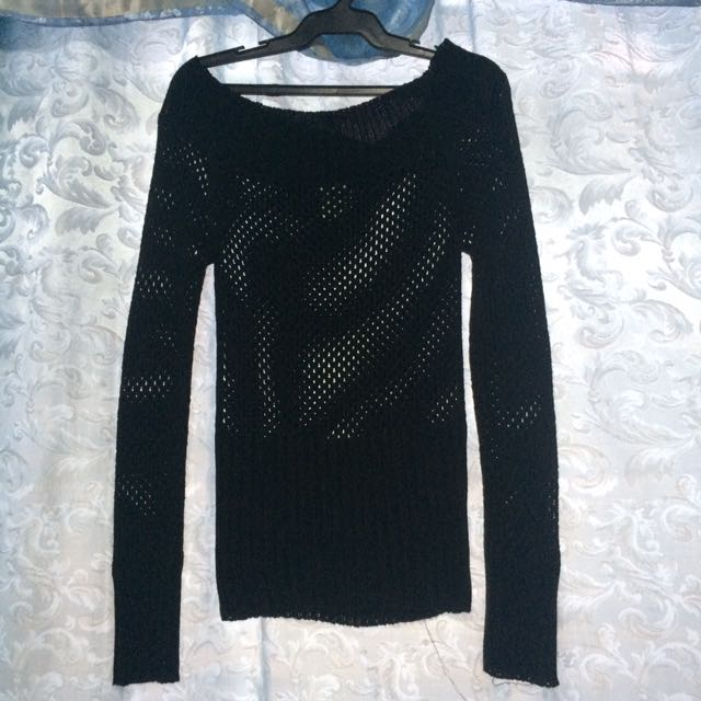 Off-shoulder Black Knitted