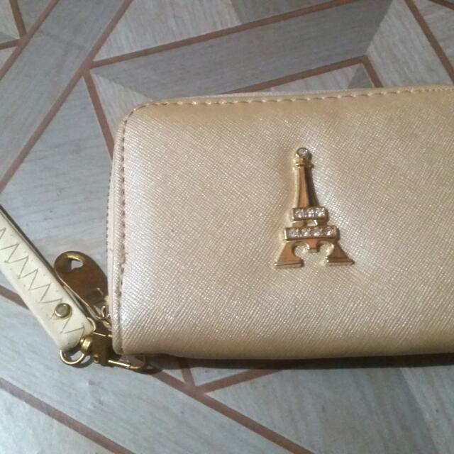 Paris Wallet