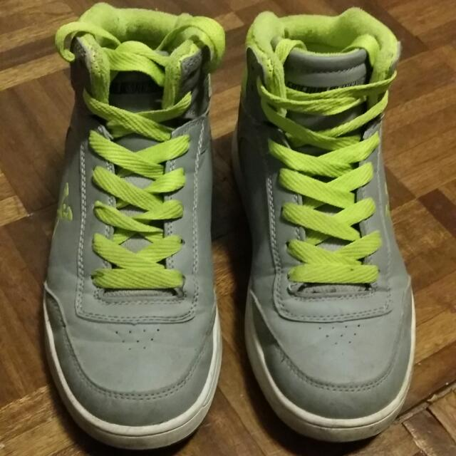 Preloved Sidewalk Hi Cut Rubber Shoes BOYS free ship