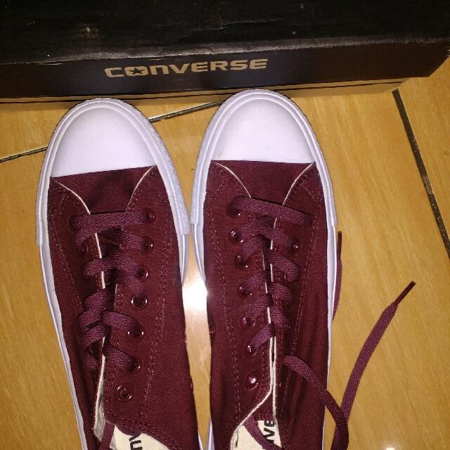 Sepatu Pria Ukuran 42