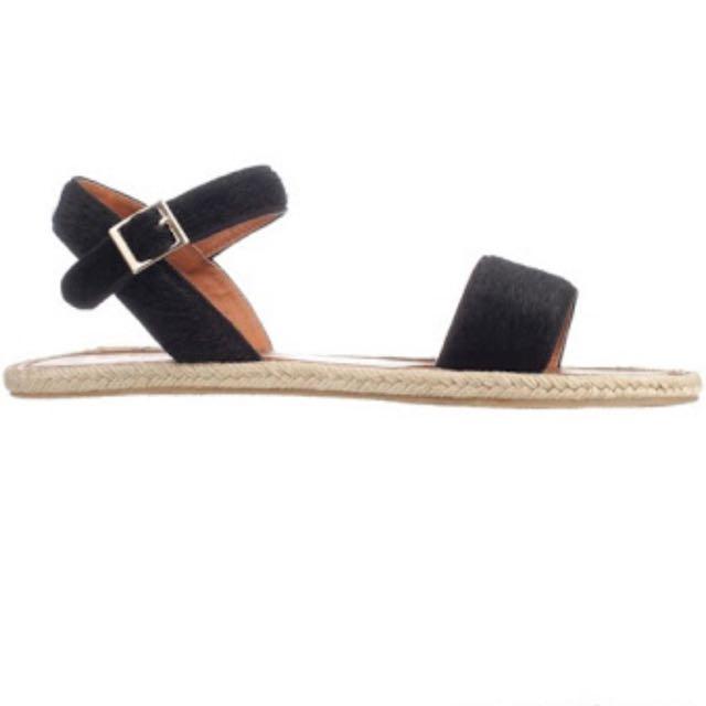 Spurr Black Sandals Size 7