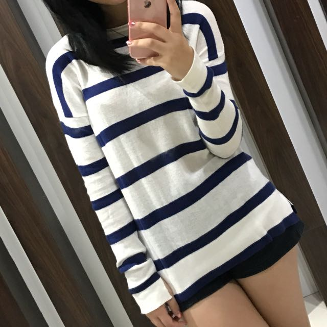 Sweater Garis Ala Korea