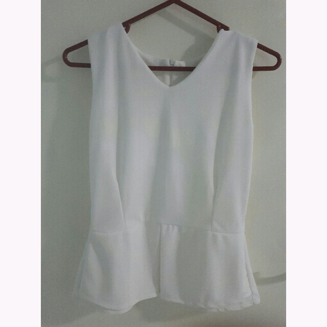 White Wedges Top