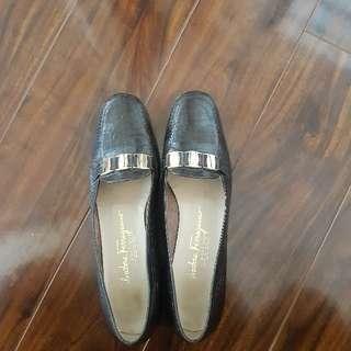Salvatore Ferragamo (Vintage) Loafers - Size 7
