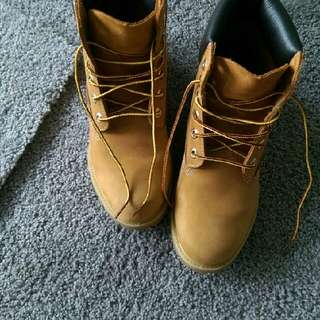 Genuine Leather Timberland Boots Size 8M