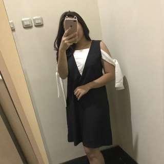 Tied Shoulder Dress In Grey