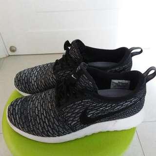 Nike 女裝波鞋