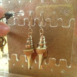 🐚天然貝殼金箔耳環