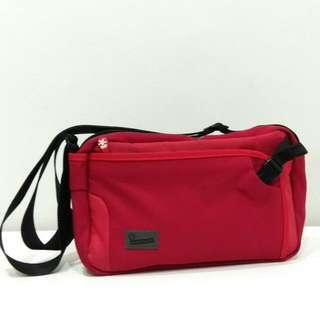 Crumpler Dry Red No 2 Shoulder Bag