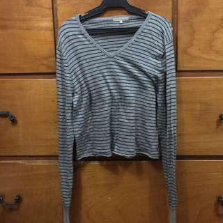 Knitted Gray Long Sleeves