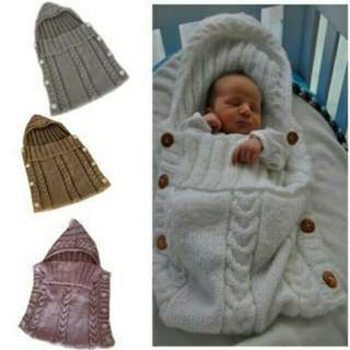 In Stock Newborn  (0-8mths) Blanket (purple/ivory).