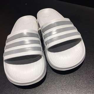 愛迪達運動 拖鞋 防水 男女尺寸都有
