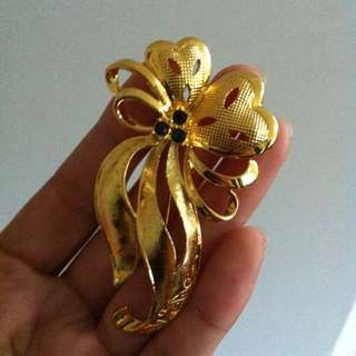 Gold Coloured Floral Brooch