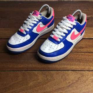 Authentic/Legit Nike Air Force GS US 7-W