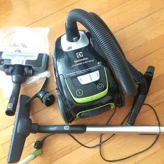 吸塵機 Electrolux ZUSG4061