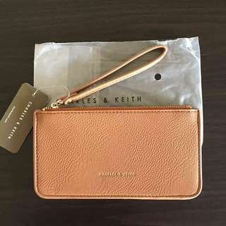 Charles&keith Wrist Wallet!👝