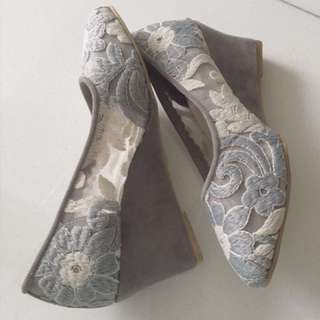 Wedges Embroidery Shoes (Aldorra) 7cm