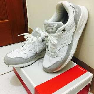 NB530全白運動鞋