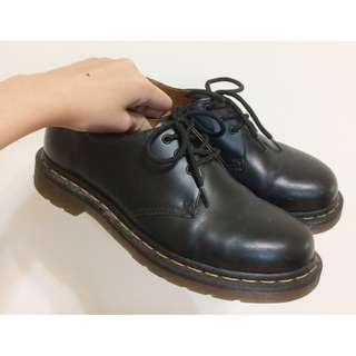 Dr. Martens 1461 三孔 UK5 黑色馬汀鞋