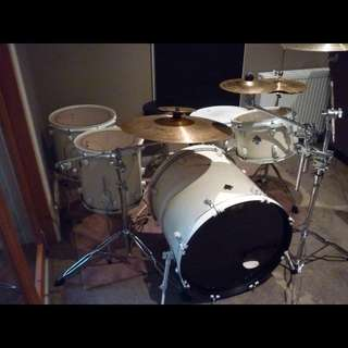 Proffessional Drum Kit For Sale