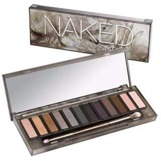 BNIP URBAN DECAY NAKED SMOKY 12-Color Eyeshadow Palette