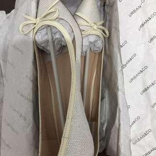 Flat Shoes Urban & Co