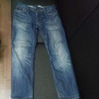 DKNY牛仔褲