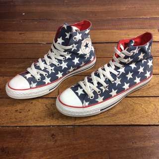 Authentic/Legit Converse US 9 (Men) US 11 (Women)