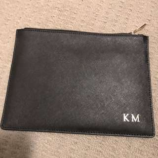 TDE The Daily Edited Leather Pouch