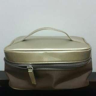 Sulwhasoo Make Up Gold Bag