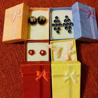 $1 gift box