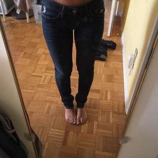 Levi Jeans Size 27 Vintage skinny