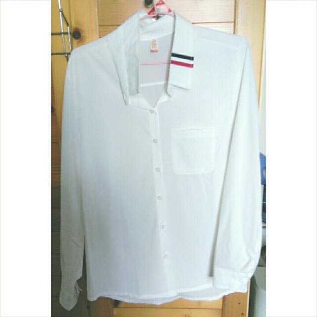 全新💕白襯衫