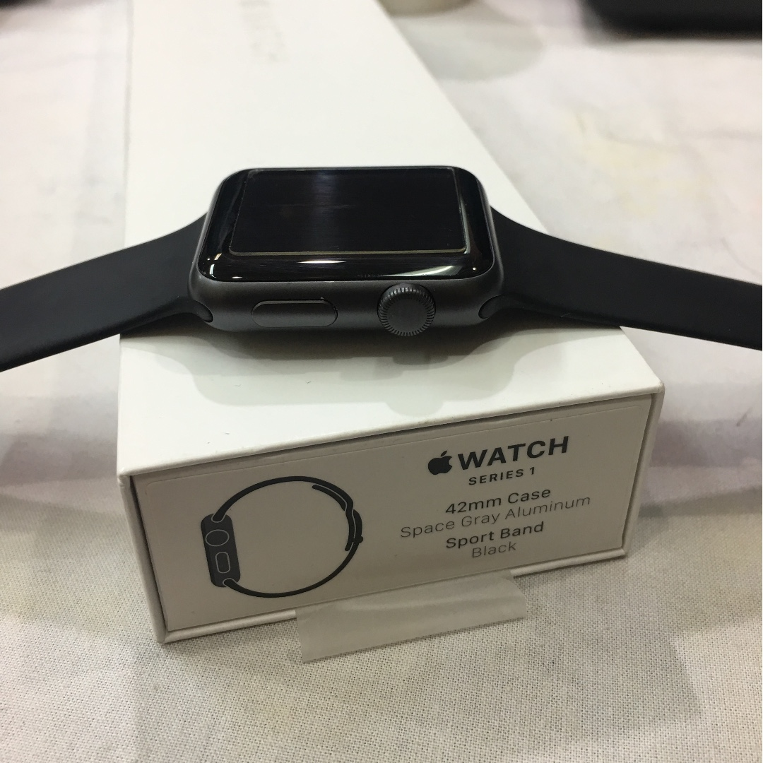 Apple Watch Series 1 2nd Gen 42MM Black Space Grey
