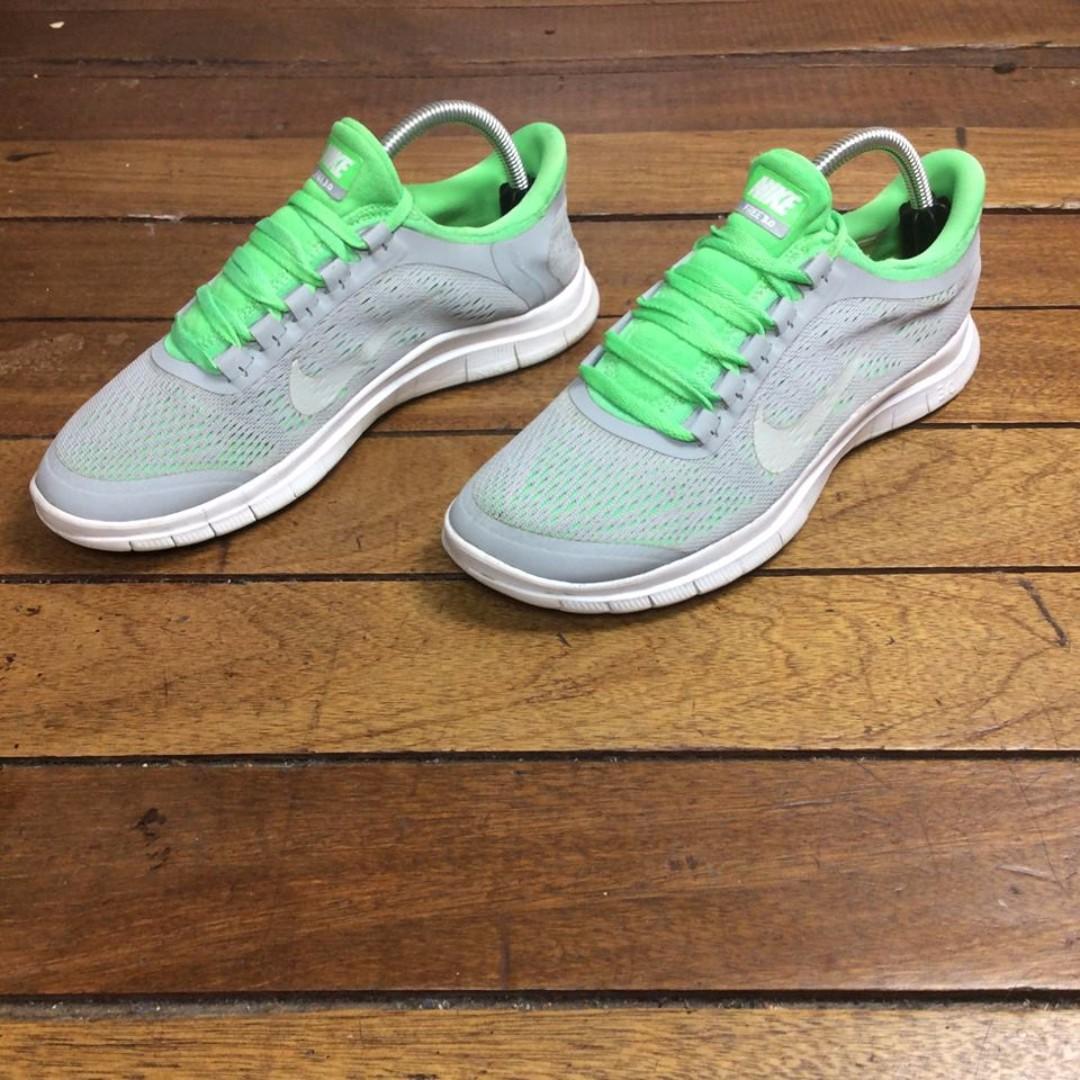 Authentic/Legit Nike Free Run 3.0 US10-W
