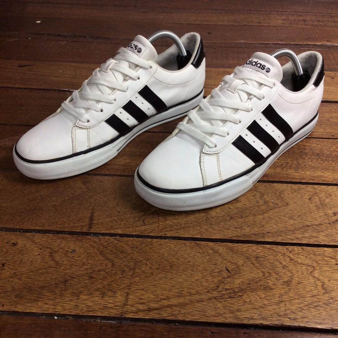 Authentic/Legit Nowe Buty Adidas US9-M