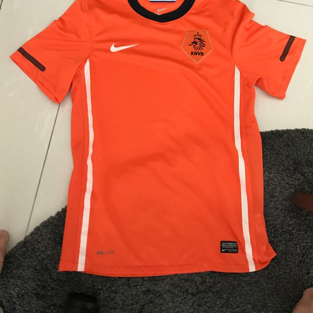 Baju Bola Belanda Size S Ori Dari Singapore