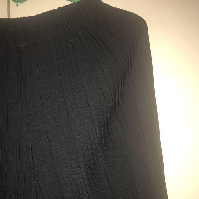 Black Pleated Pants Medium To Large