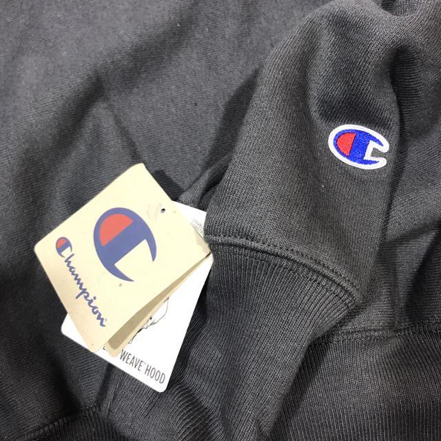 Champion Reverse Weave Pullover Hoodie Small Script Logo