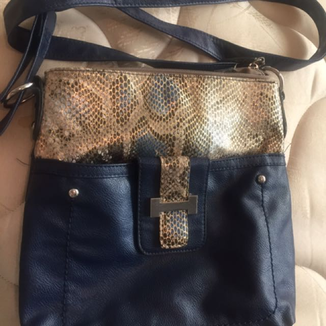 Cross body Bag On Sale