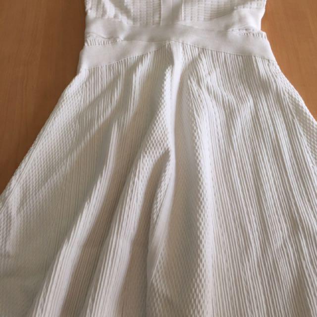 Dress Bodycon Guess Putih